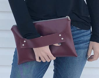 Oxblood Vegan Leather / Clutch / Clutch Strap / Vegan Leather Clutch / Burgundy Leather Clutch / Oxblood Leather / Leather Clutch / Clutches