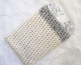 Grey Laptop Sleeve - Knit Laptop Cozy - Chunky Knitted Crochet White Cream Gray Macbook Air Case