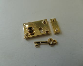 Brass Box Lock and Key for a 1:12th scale Dolls House