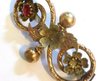 Antique Victorian Garnet Brooch in Rose Gold