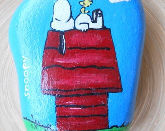 Hand Painted Stones, Home Decor,Painted Rock, Pebble, Snoopy, Comics, Comic figures, Acrylics, Summer