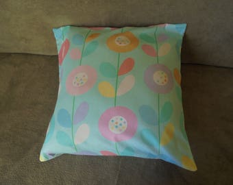 Cushion cover: turquoise, pink, purple, orange and yellow style Scandinavian.