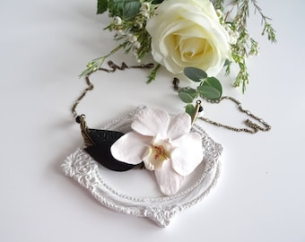 White orchid flower necklace