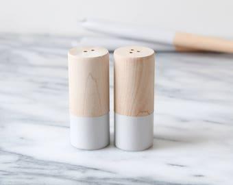 Wood Salt and Pepper Shaker Set - Grey | Wedding Table Salt and Pepper | Wedding Favors | Kitchen Decor | Hostess Gift
