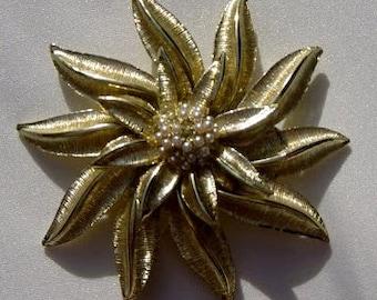 Vintage Gold Flower Brooch Pin Daisy Large Gold Metal Pinwheel Flower 1960