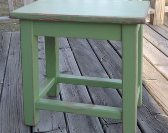 Reclaimed wood/ farmhouse/ Primitive/ distressed/ green/ side table/ counter stool