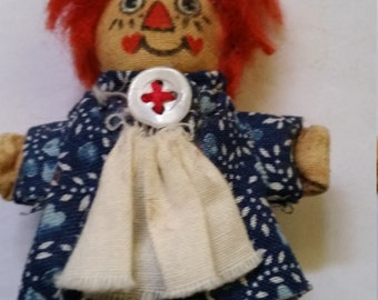 Vintage Raggedy Ann Cloth Doll Pin, Rare find