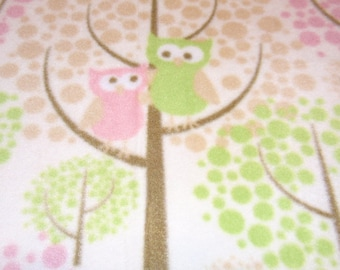 Pretty Pink and Green Owl Blanket