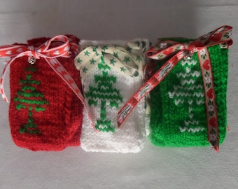 Set of knitted Christmas cutlery pouches, silverware holders, utensil pockets, with festive drawstring