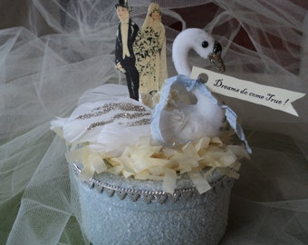 Romantic Wedding Cake Topper