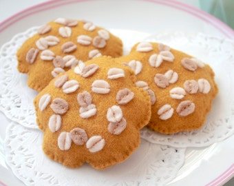 Felt Food Anzac Biscuits, Traditional Australian Biscuits, Oat Cookies, Play Kitchen, Pretend Food, Play Food - Set of 4 Soft Felt Biscuits