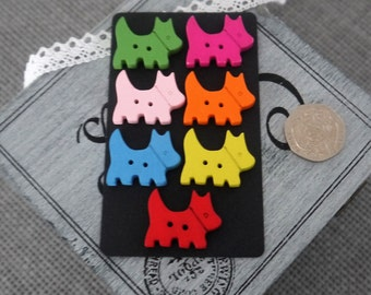 10 x Colourful Plain Scottie Dog Wooden Button with 2 holes