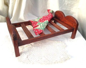 Antique Doll Bed  / 16 Inch Long Wooden Crib / Rustic Primitive Doll Bed / Doll Furniture Folk Art
