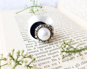 Bohemian bride. Adjustable ring. Vintage Button Ring. Antique button ring. Upcycled rings. vintage jewelry. Mother's day gift. PaperartRoma
