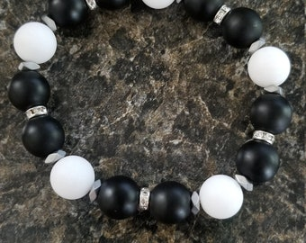 Black and White with silver Accents Bracelet