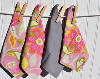 """Set of 4 2 ply Cotton 8"""" Everyday Cloth Napkins Pretty Pink Vintage Floral  Print"""