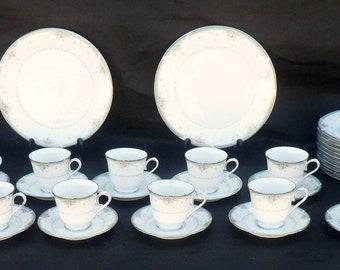 71-Piece Set Noritake Greenbrier Porcelain Dinnerware, Service for 12