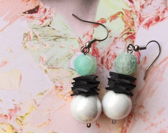 Pearly Pearl (handmade earrings from recycled bicycle inner tube and beads)