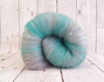 OOAK Hand Crafted Batt, Spinning Fibre 100g, Carded Felting Wool, Responsibly Sourced, Eco Friendly Wool, Cream, Pale Dusky Mauve, Aqua