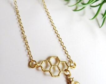 Gold Bee Necklace, Honeycomb Pendant, Minimalist Jewelry, Geometric jewelry, Tiny Bee, Simple Necklace, Modern Jewelry, Redpeonycreations