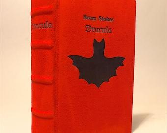 Dracula Bram Stoker vampire novel unique leather cover Annabuchwunder hand cover