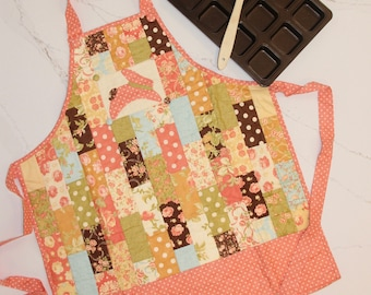 Peach and Floral print Apron - perfect for Mother's Day!!