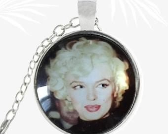 Portrait of Marilyn Monroe necklace, retro pendant, actress, Christmas gift jewelry