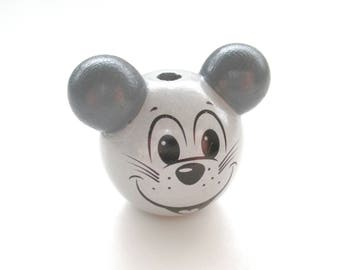 Wooden 3D light gray & dark gray mouse head bead