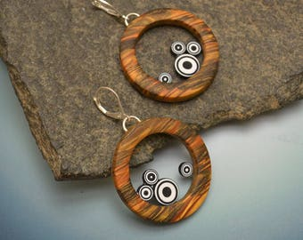 polymer dangle big hoop earrings sterling lever hook wire faux wood black white bulls eye circles modern fun light weight