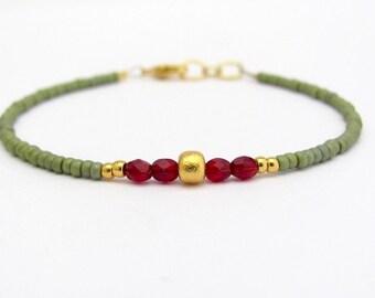 Green Friendship Bracelet, Friendship Bracelet, Beaded Bracelet, Seed Bead Bracelet, Green Bracelet, Holiday Gift, Gift for Her, Stacking