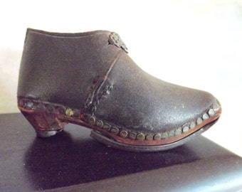 Vintage Child's Wooden And Leather Clog Lancashire 1800's