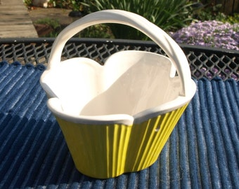 Vintage 1975 Fritz and Floyd Ceramic Yellow Basket with Handle