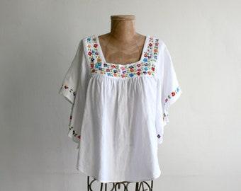 Batwing Embroidered Mexican Top med-large