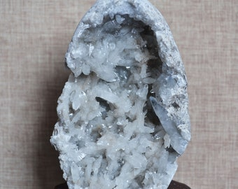 Natural Blue Celestite Geode Cluster/Pure Raw Celestite/Blue Crystal Geode Decoration/Special Gift/Gift for father/Gift or Mamu-494g #c682