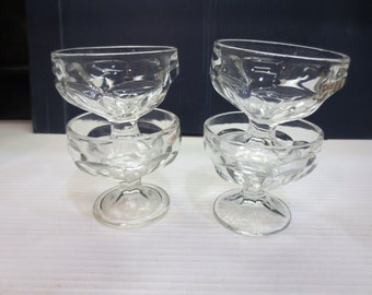 Vintage Glass Sherberts, Ice Cream Dishes or Dessert Bowls Set of 4