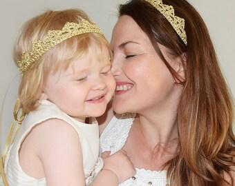 Maman bébé Couronne bandeau dentelle, couronnes de l'anniversaire de fille de la mère, maman et bébé bandeau, maman bébé assorti couronne or bandeau assorti