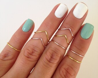 8 Midi Rings in Gold and Pink Rose, Chevron and Simple Band Midi Rings. Mid knuckle stacking rings to wear in many combinations!