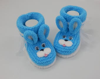Baby booties bunnies, Baby boy, Baby girl, Knitted baby booties.