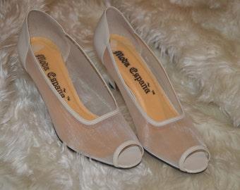 Vintage white mesh heels