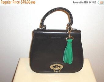 50% OFF Beautiful Black Leather Vintage Top Handle Handbag