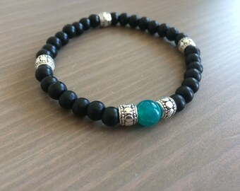 Male black glass bracelet with agate bead