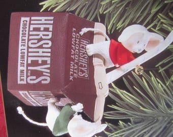 Hallmark Christmas Ornament- Sweet Discovery - Christmas Tree Decoration
