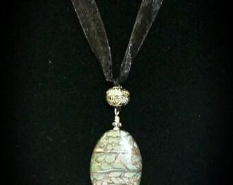 Elegant Glass Pendant Adjustable Necklace