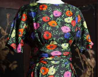 Bold Graphic Floral Silky 60's Dress