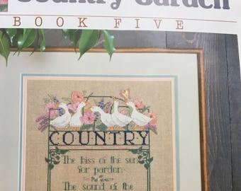 Vintage Country Garden Cross Stitch Tutorial, Dimensions Cross Stitch, Fabric Included, Nanci Rossi, #140, Country Poem Cross Stitch