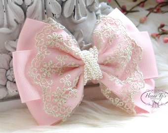 NEW HANDMADE: Ella Grace Collection - Light Pink Ribbon and Lace Hair Bow Applique. Hair accessories. Peart Bow. Baby Fabric Bow.