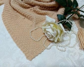 Бактус, шарф, косынка, платок на шею.Бактус, scarf, triangular scarf, shawl on a neck.