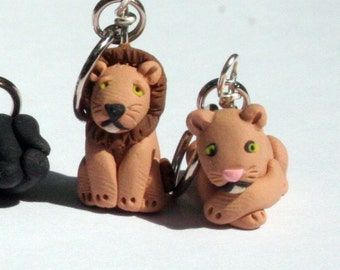 Big Cat Stitch Markers set of 4 Polymer Clay Miniature Wild Animal Sculpted Knit, Crochet Accessories (lion, puma, tiger, panther)