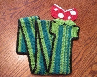 Super Mario Bros. Piranha Plant inspired Scarf