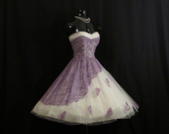 Vintage 1950's 50s STRAPLESS Lilac White Lace Tulle Applique Circle Skirt Party Prom Wedding DRESS Gown